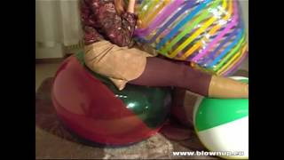 Video NA 012 Beach ball inflating download MP3, 3GP, MP4, WEBM, AVI, FLV Januari 2018