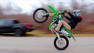 CRAZY DIRT BIKE ROAD WHEELIES!!!