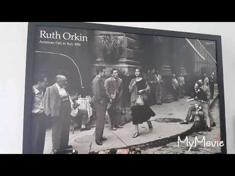 The Story Of One Picture: American Girl In Italy 1951 (Ruth Orkin Photographer))