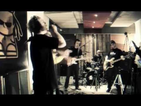 Dubioza Kolektiv - Balkan Funk (MTV Live)