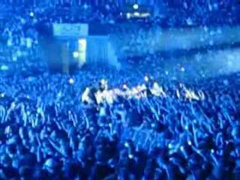 Linkin Park Basel - Krwlng / Crawling + In The End -