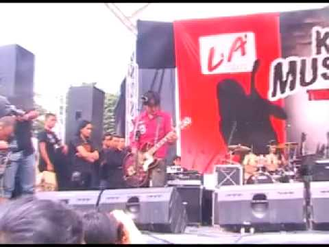 Koil - Aku Lupa Aku Luka - Live Saparua 2010