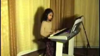 Old Malayalam Song New York City girl Sabrina Leo performs Alliyambal Kadavil
