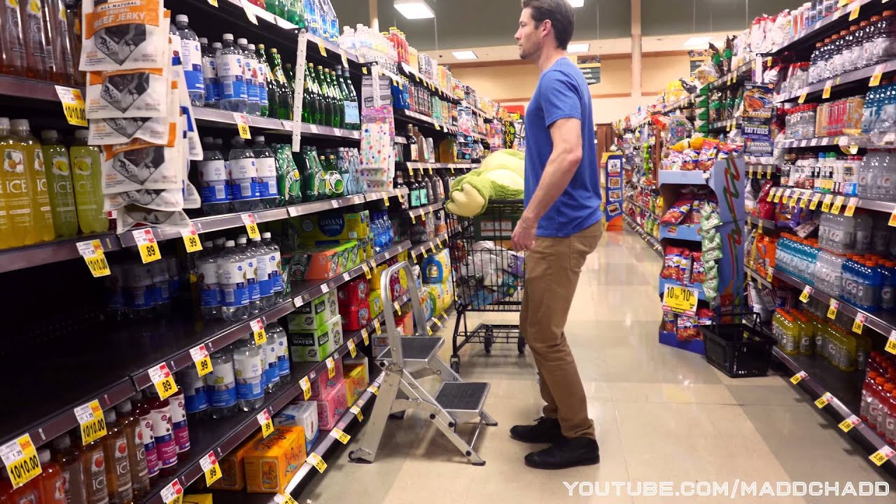 Human robot goes grocery shopping