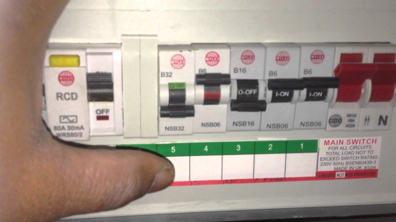 wylex circuit braker tripping electrician london nw w s sw se e n rh youtube com buss marine circuit breakers consumer unit [ 1280 x 720 Pixel ]