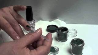 Nagellak maken met MAC pigments Thumbnail