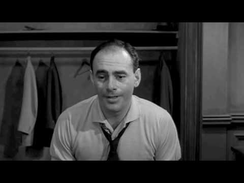 Martin Balsam in 12 Angry Men