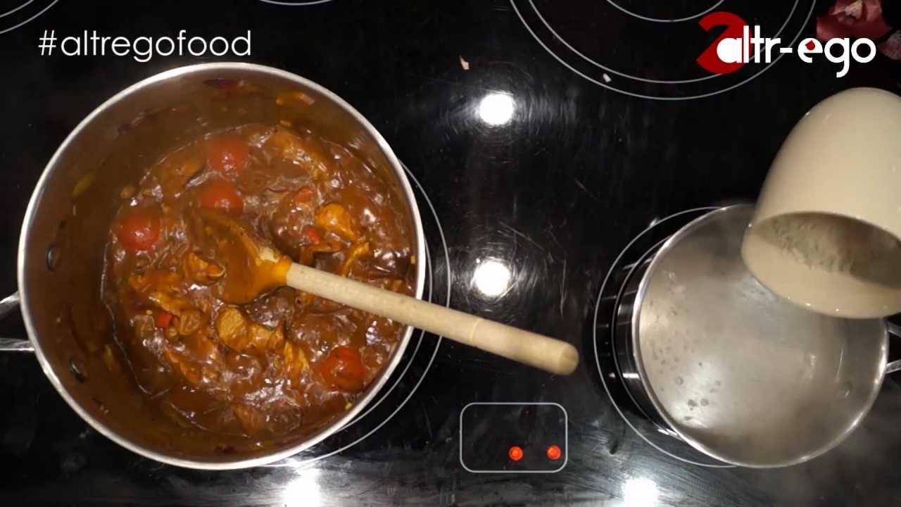 How to make curry sauce from a jar taste decent - YouTube