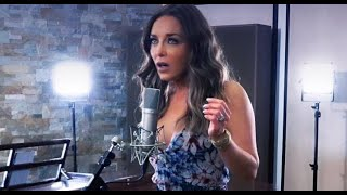 Laura Flores - Decir te amo (Video Oficial)
