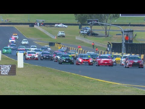 Production Touring Cars Race 1 2017 Muscle Car Masters Sydney