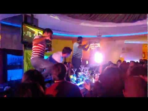 Punta del Este - Uruguay - Hotel Conrad - show de barman 2013.mp4