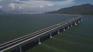 Descubra el impacto de la ambiciosa red de transportes de Hong Kong