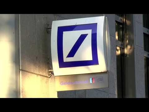 Deutsche Bank To Close Branches