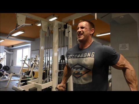 Bursa prsa, biceps, forma 4-5 týdnů do soutěží