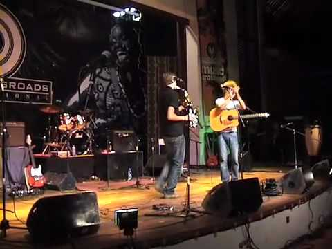 Bogus en RMS in Tanzania voor Music Live thumbnail