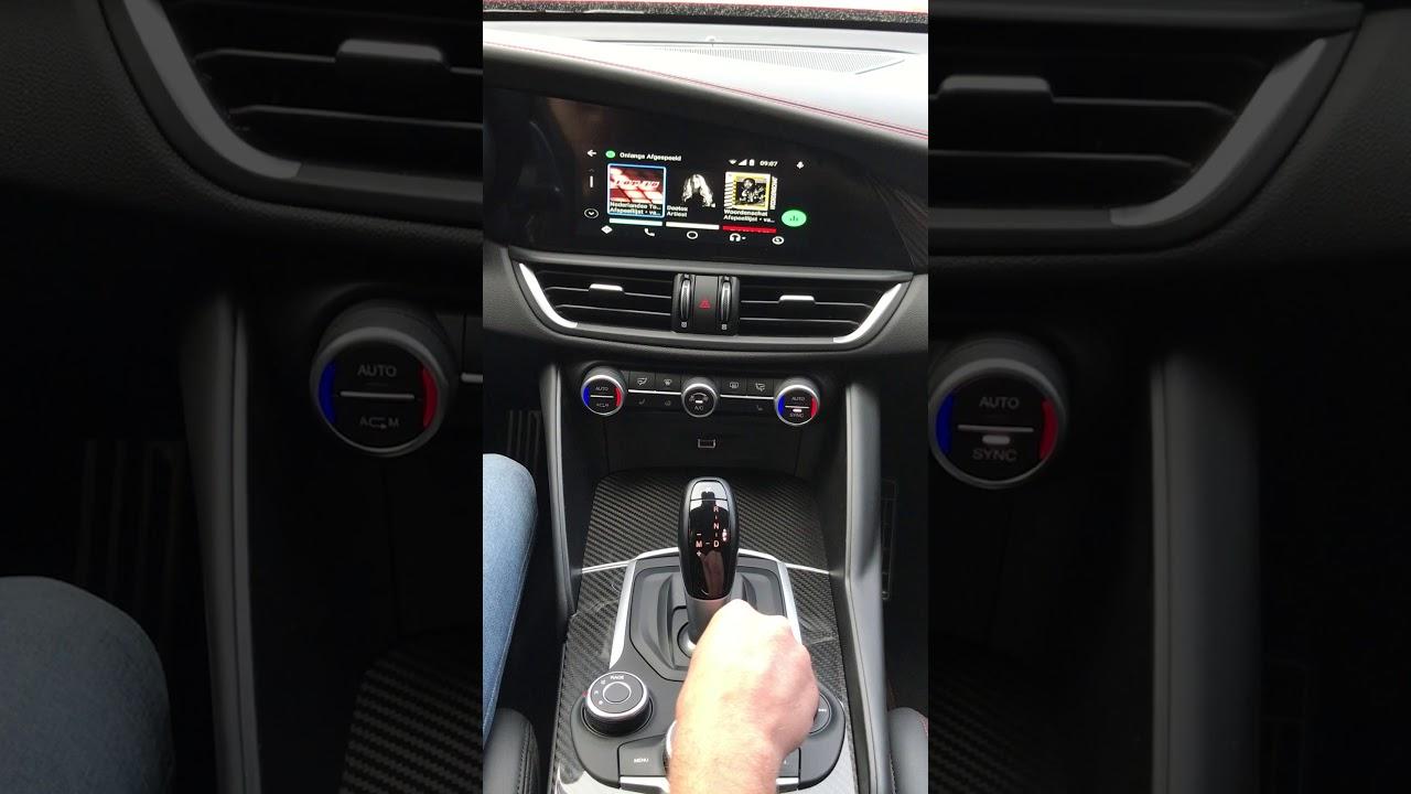 Alfa Romeo Giulia Quadrifoglio CARplay & ANDROID AUTO