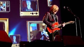 Wet Wet Wet - Wishing I Was Lucky (Live - Phones 4u Arena, Manchester, UK, Dec 2013)