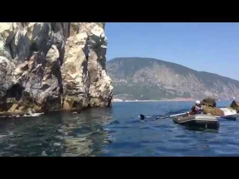 Скалы Адалары морская прогулка Гурзуф Крым 2015 Rod Stewart Sailing Rocks Adalary Gurzuf Crimea