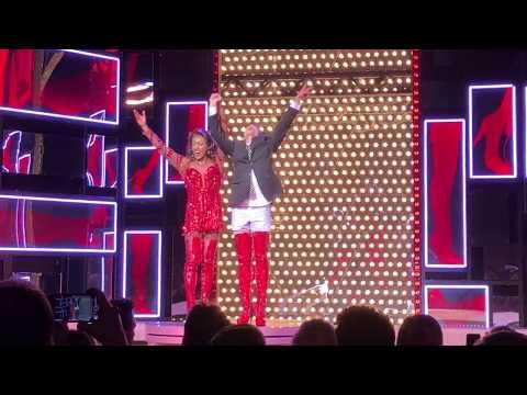 Musical Kinky Boots Hamburg - Schlussapplaus/Finale mit Benet Monteiro als Lola