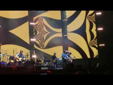 Jeff Lynne's ELO - Handle With Care (Alone In The Universe Tour 2017)