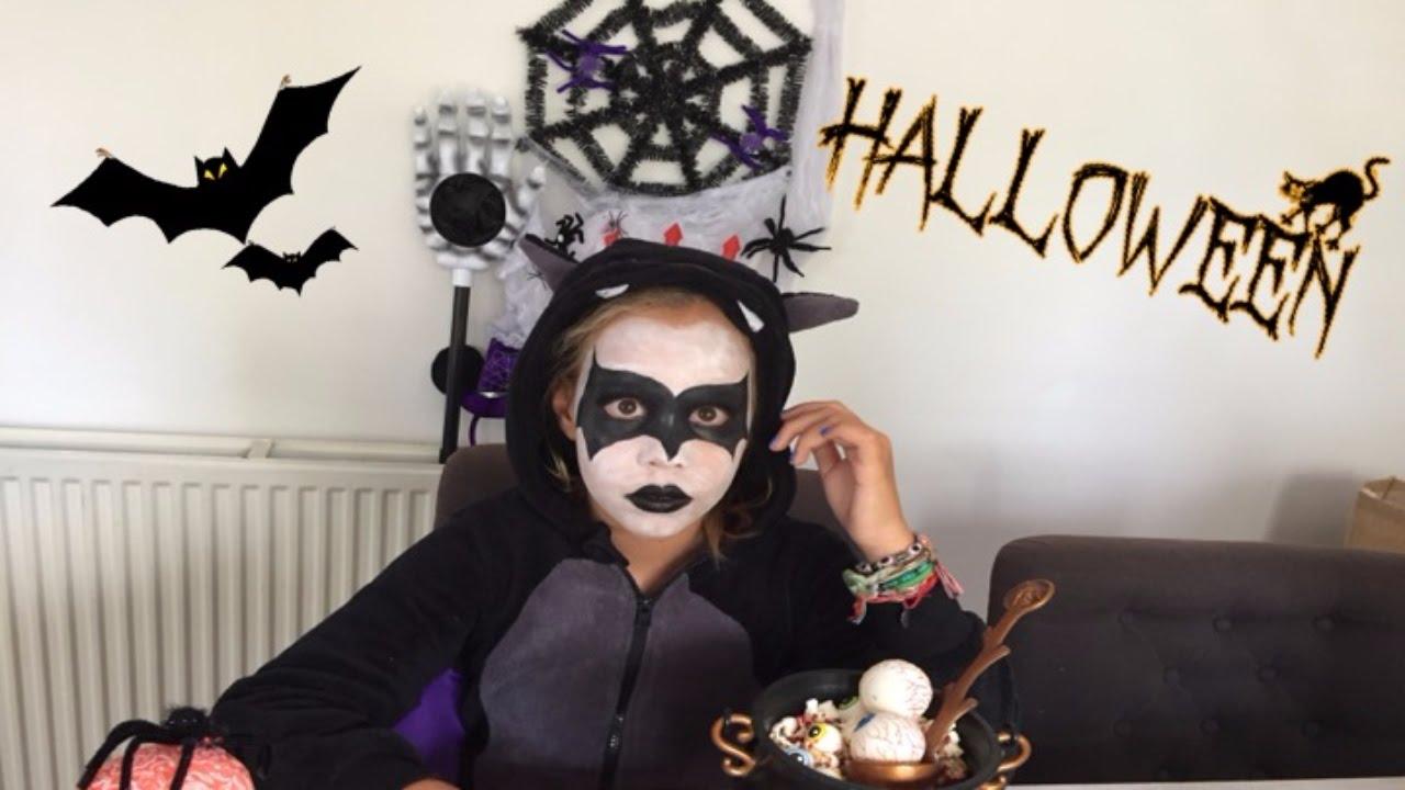 Halloween Kleding Maken.Halloween Eten Maken In Halloween Kostuum