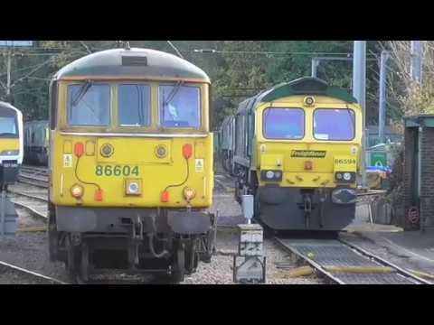 Trains at Ipswich, GEML: 25/11/2017