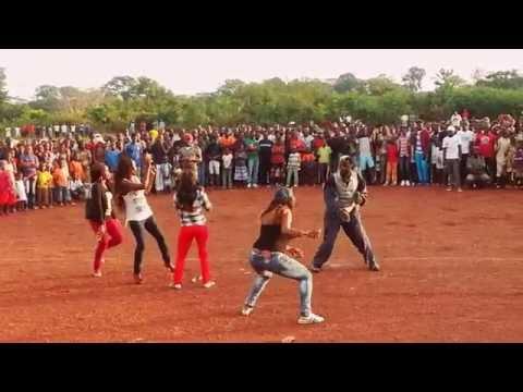 Atango de Manadjama anime la coupe de Lomié.