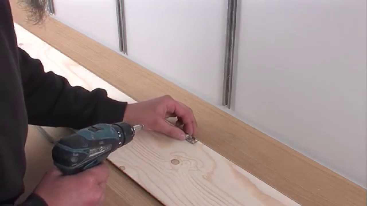 Plank Plat Tegen Muur Bevestigen.Meister Parket Leggen Aan De Muur Nl Youtube