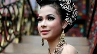 Samalam Dikota Gadang - Instrumen Kapalo Jamba & Tari Kreasi [Lagu Minang Official Video]