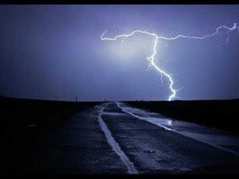 Live - Lightning Crashes (Acoustic)