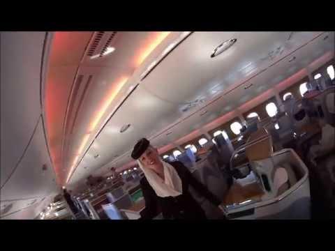 Смотреть Самый большой пассажирский лайнер в мире - Аэробус А380 онлайн