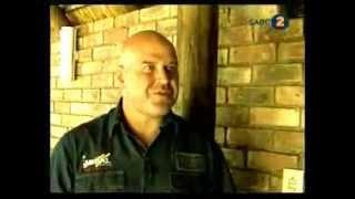 Riaan Die Nutsman Featuring Redruth Thatching (expert Advise)