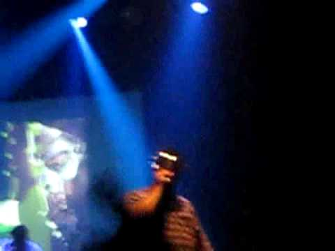 MF Doom - Fazers - Fine Print (Live @ VK* Brussels 09/03/10)
