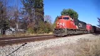 CN GE diesels, SOO LINE Thrall flat cars, ATSF Santa Fe PS-2-CD 4750 covered hopper