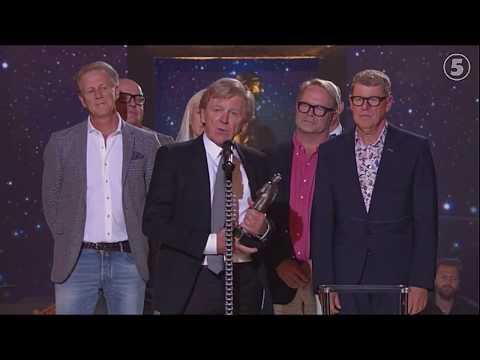GAS tar emot hederspris till Gösta Ekmans minne (Barncancergalan 2017)