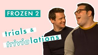 Gambar cover Frozen 2's Josh Gad and Jonathan Groff sing hilarious duet and test their film knowledge | Cosmo UK