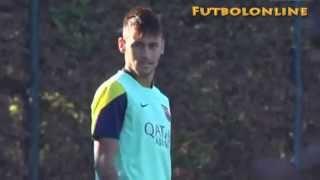 Neymar mareado en el rondo de entrenamiento del FC Barcelona funny humillado por los compañeros