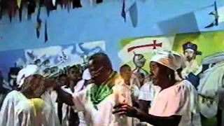 SOCIETE LE YO WE YO SEZI!!!kanzo 3/2011 kay etwal bwiye et apres dieu bon hougan.pt4