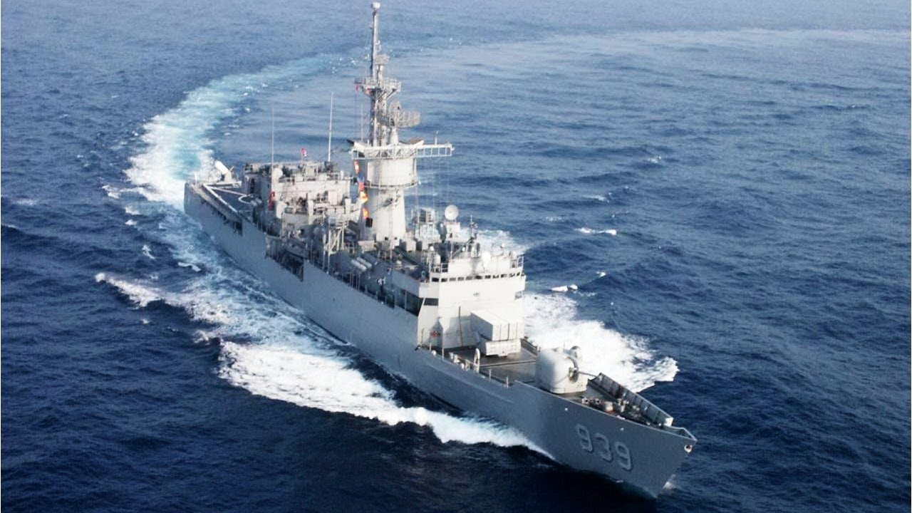 Mannequin Challenge - Taiwan Navy 中華民國海軍「假人挑戰」濟陽級巡防艦 FF-939 宜陽艦 2017春節 諾克斯級 Knox class ...