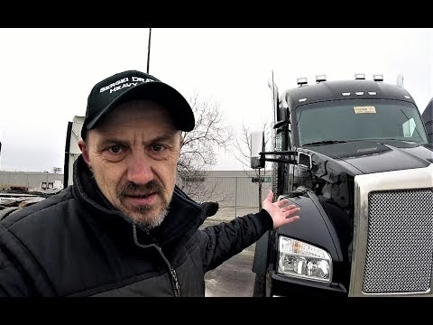KENWORTH HEAVY -- Episode 3 -- Let's Take a Closer Look -- The Hood is CLOSED!