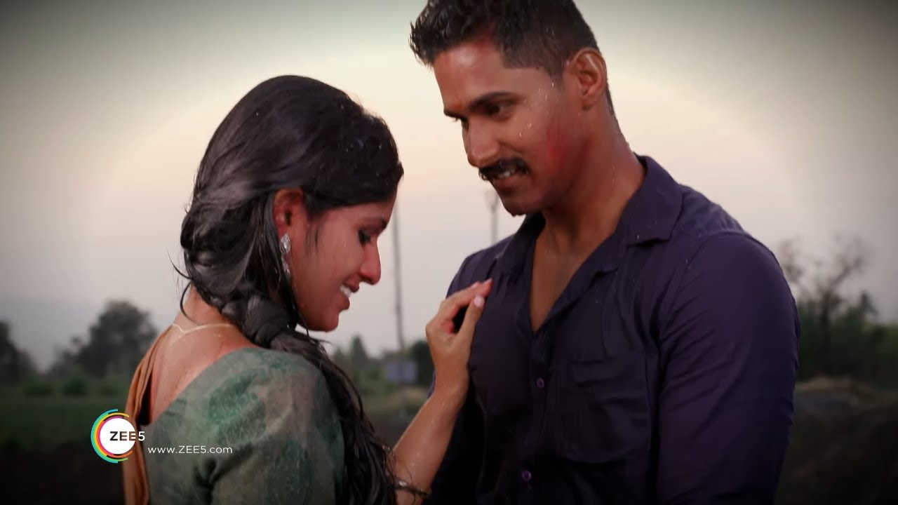 Holi Mashup Of The Year | Sairat Zhala Ji | Watch Ever-Green Romantic Moments On ZEE5