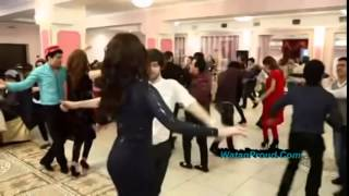 Repeat youtube video Jamshid Parwani Peran Aroos . Atan Tajikstani