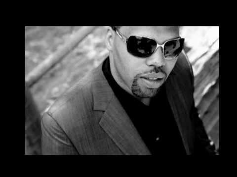 Eric Roberson Feat Marsha Ambrosius_N2U.mp4