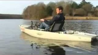 Montage de Savagers du moteur Torqeedo Ultralight sur le kayak Hobie Pro-Angler