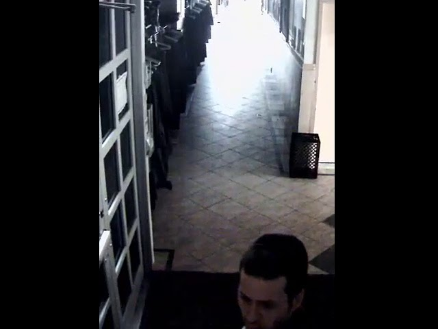 nypd-hoping-video-will-lead-to-apprehension-of-synagogue-robber