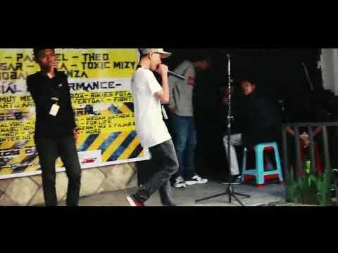 Alino X Algi sebayang - Ini medan bung X Hot Playa (Live Perfomance ) Mp3