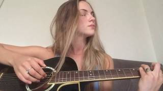 Different - Hippie Sabotage (cover by Sofia Ouriques)