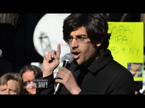 Exclusive: Aaron Swartz's Partner, Expert Witness Say Prosecutors Unfairly Targeted Activist. 1 of 2