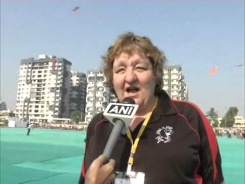 Enthusiasts throng international kite festival in western India