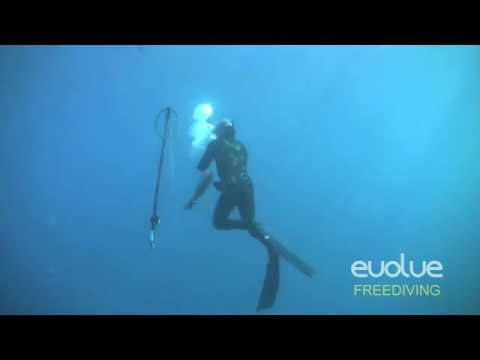 Footage Of 2 Spearfishing Blackouts While Freediving